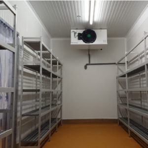 Stockage étagères